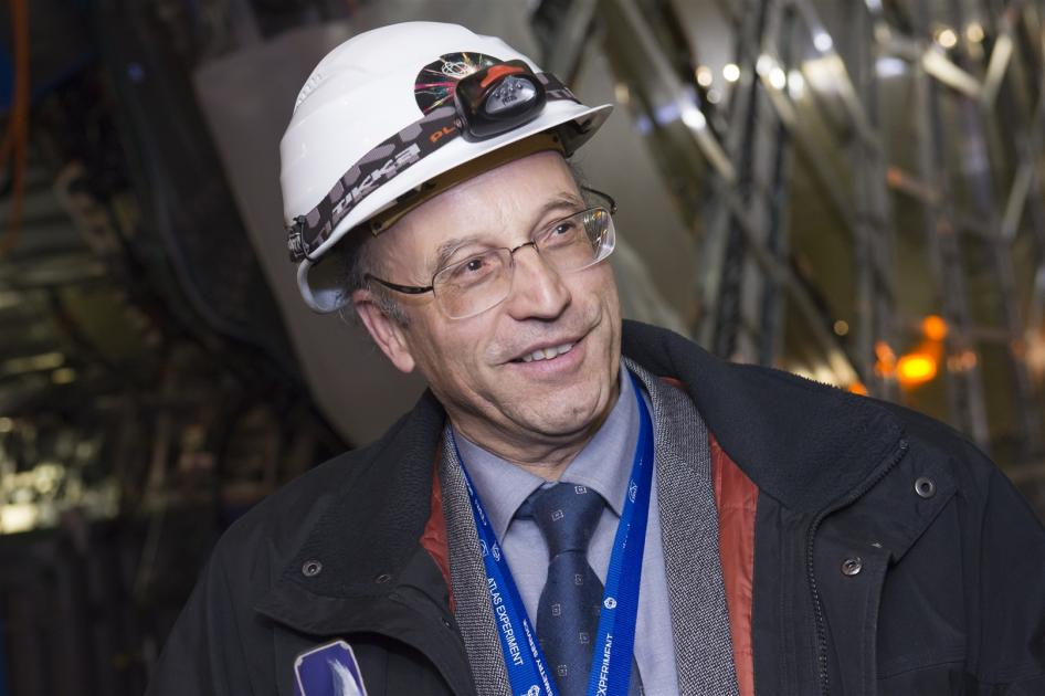 Referent Dr. Peter Jenni (Foto: CERN)