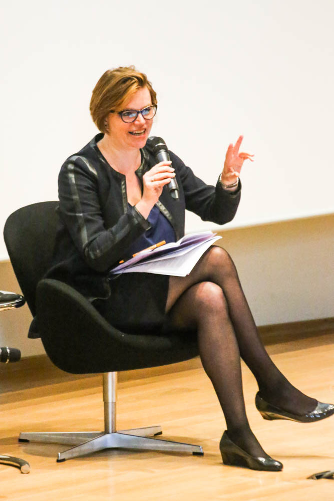 "Anette Freytag speaks at the panel discussion of the symposium ""From Garden Art to Landscape Architecture"""